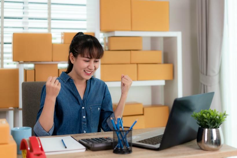 会社員が副業する場合、会社にばれないためにも個人事業主になろう