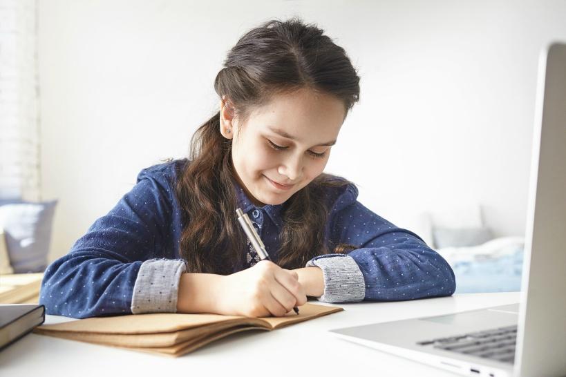 英語講師の活躍の場は教室からオンラインへ