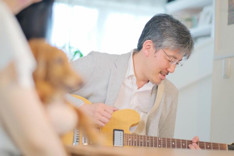 ギターの講師は敷居が低い!若い時代のスキルを副業に